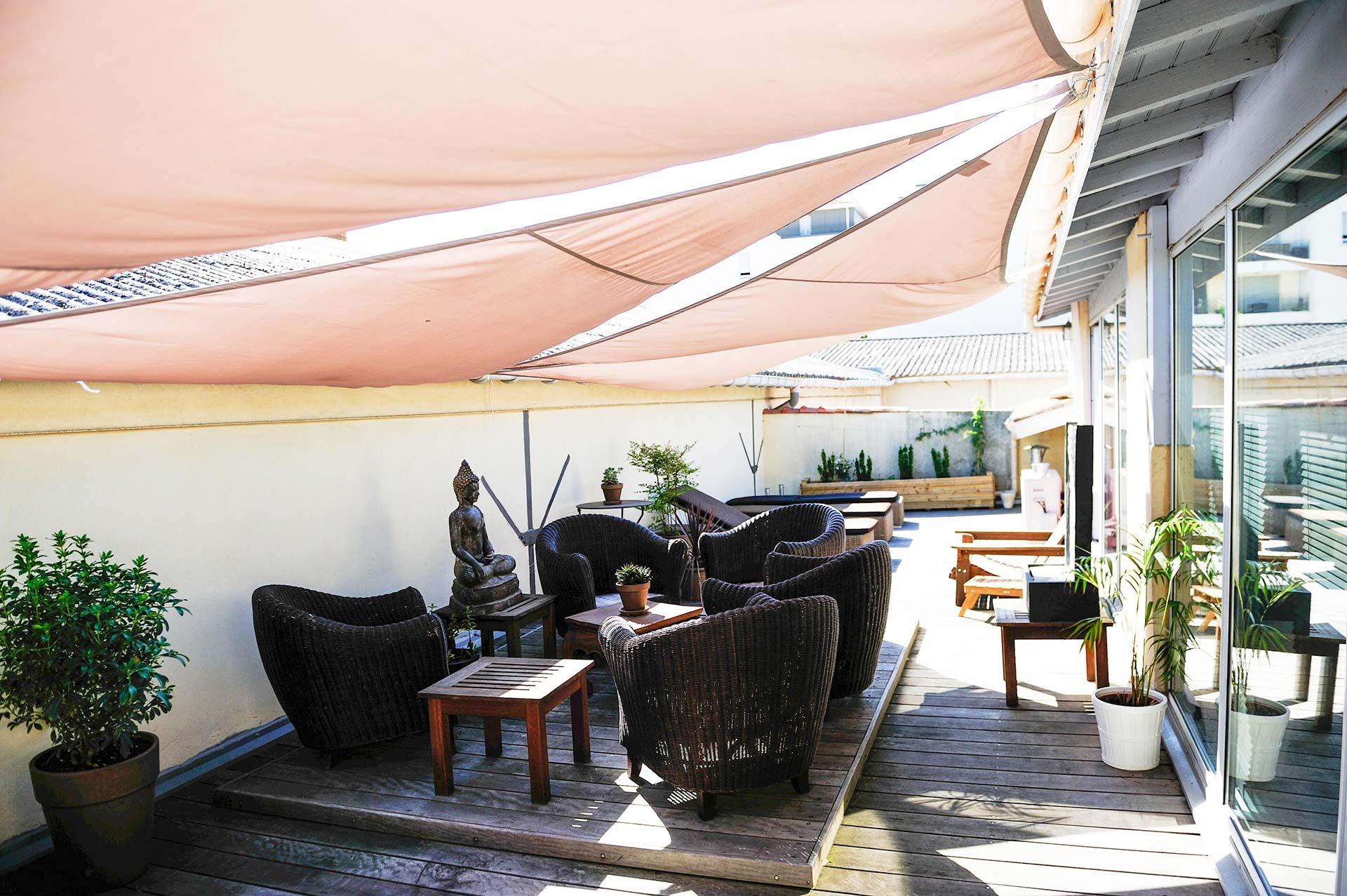 escale d tente spa de bordeaux massage hammam sauna jacuzzi bien tre relaxation beaut. Black Bedroom Furniture Sets. Home Design Ideas
